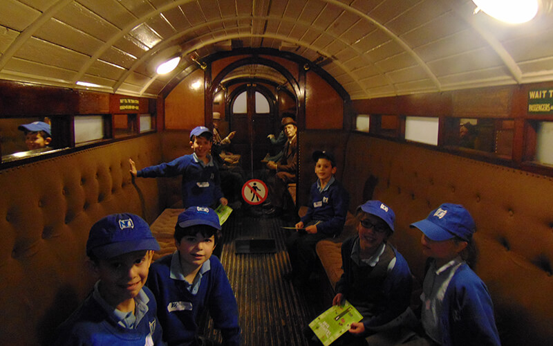 Sacks Morasha pupils visiting the London Transport Museum